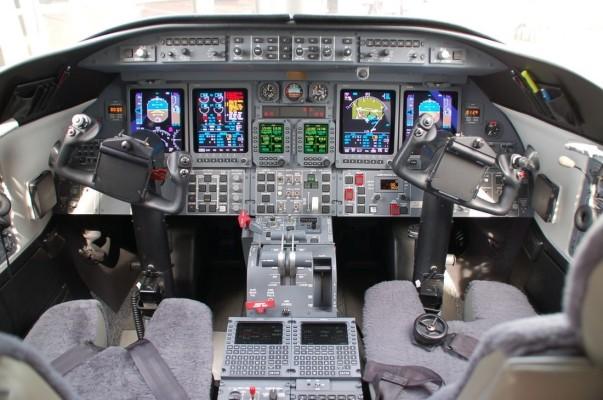 Bombardier Learjet Cockpit