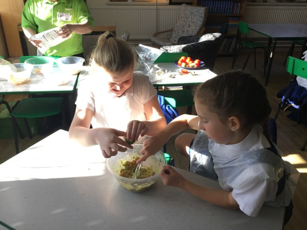 Helen-Louise Sestan-Burton from Asda Bromborough delivers a healthy eating class at Grove Street Primary School