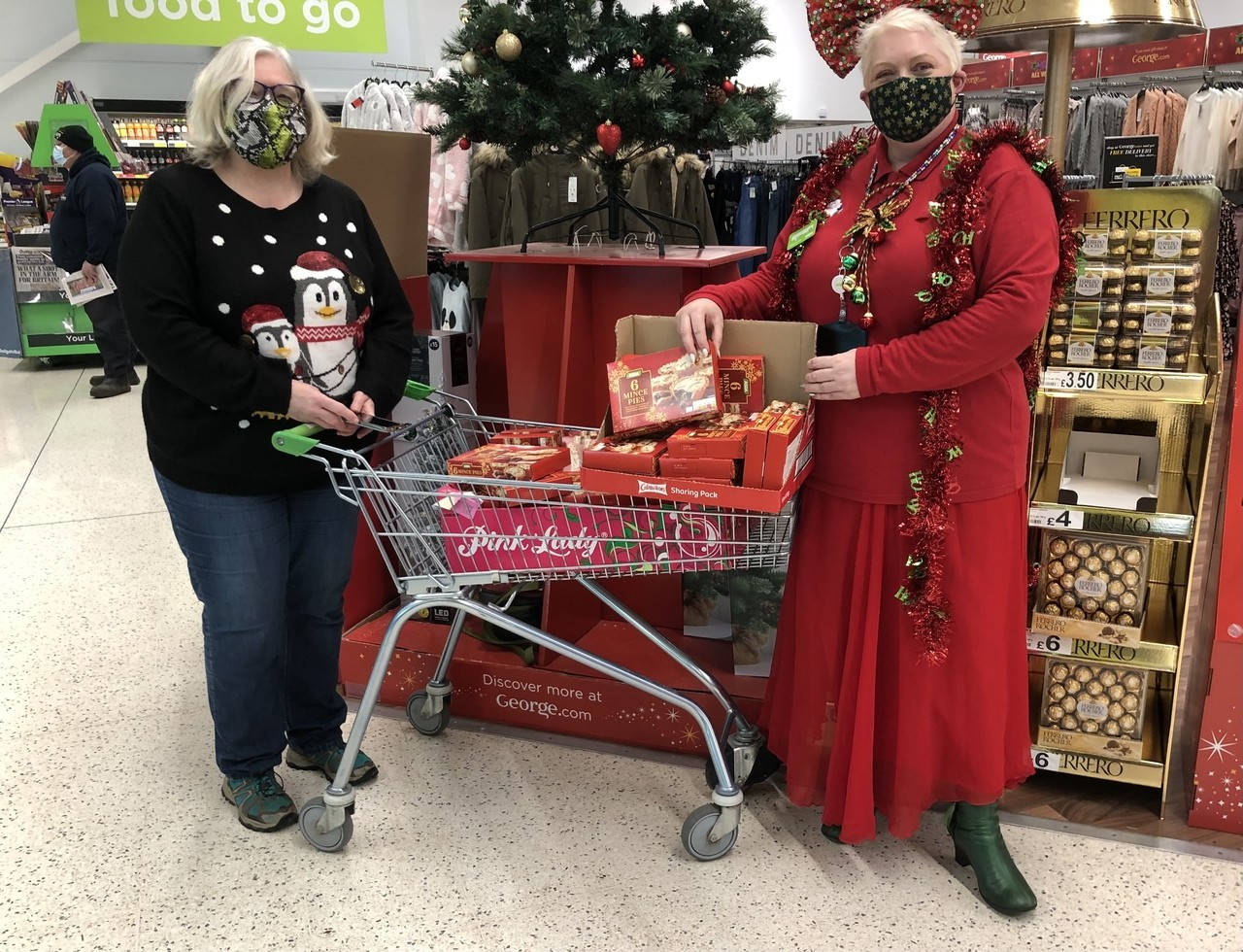 Hampers delights mince pies yummy  | Asda Portadown