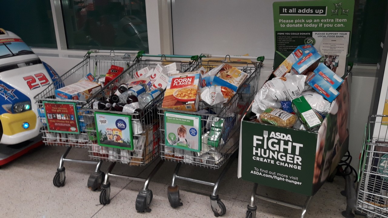 The generosity and kindness of our customers is amazing 🎅😘   Asda Coventry