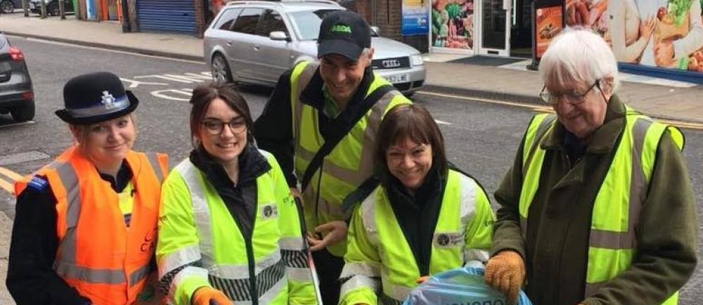 Asda Boston community champion Stephen Bromby joins volunteers for the litter pick