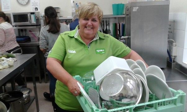 Michelle Castledine from Asda Gosforth volunteers with the Make Lunch charity