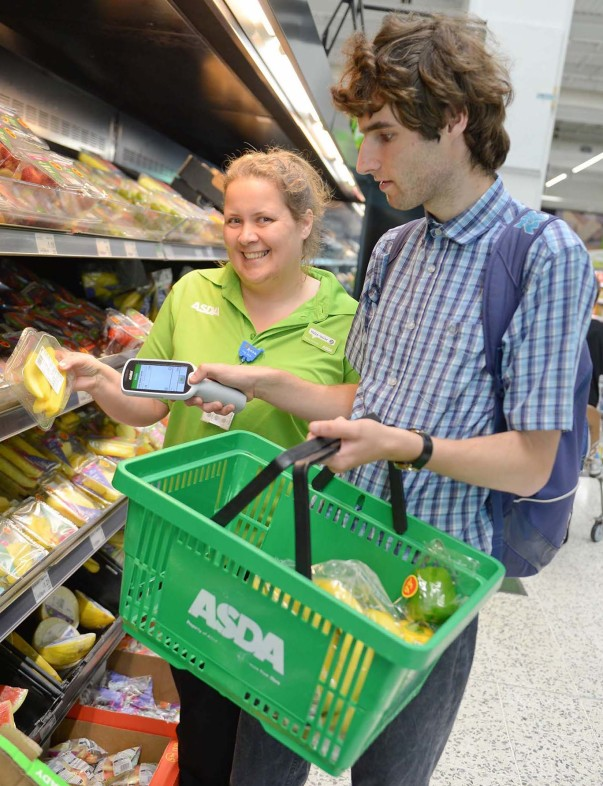Helen-Louise and Alex shopping using Scan & Go