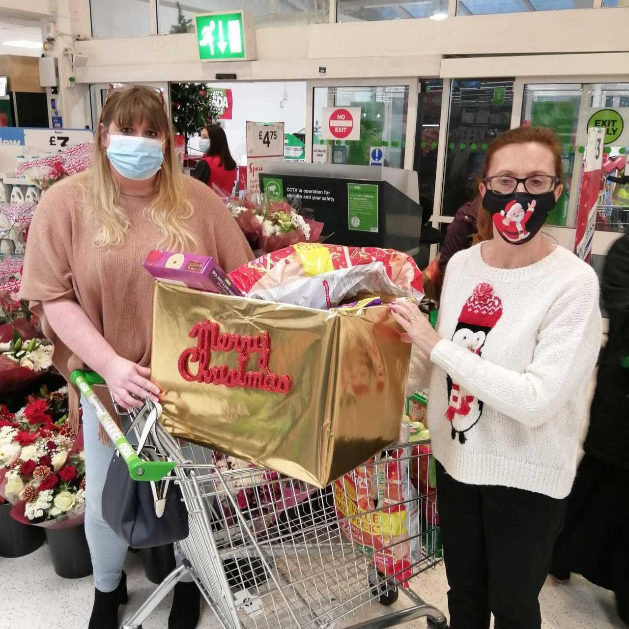 Festive treats for NHS staff   Asda Oadby