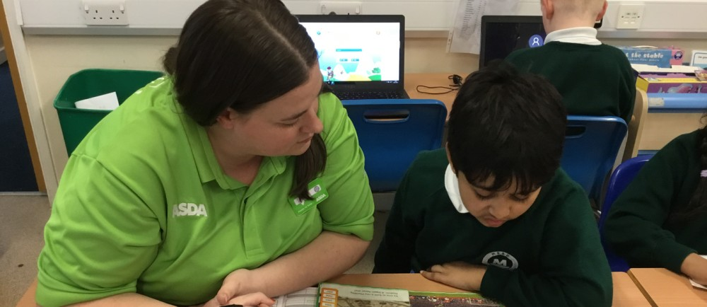 Asda Romford community champion Liz Brown volunteering at Mead Primary School