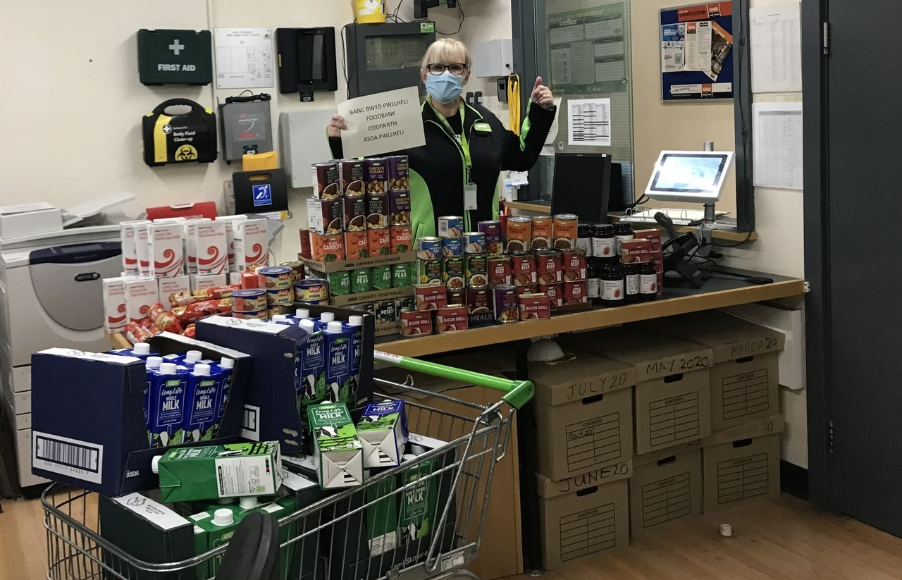 A helping hand this half-term | Asda Pwllheli