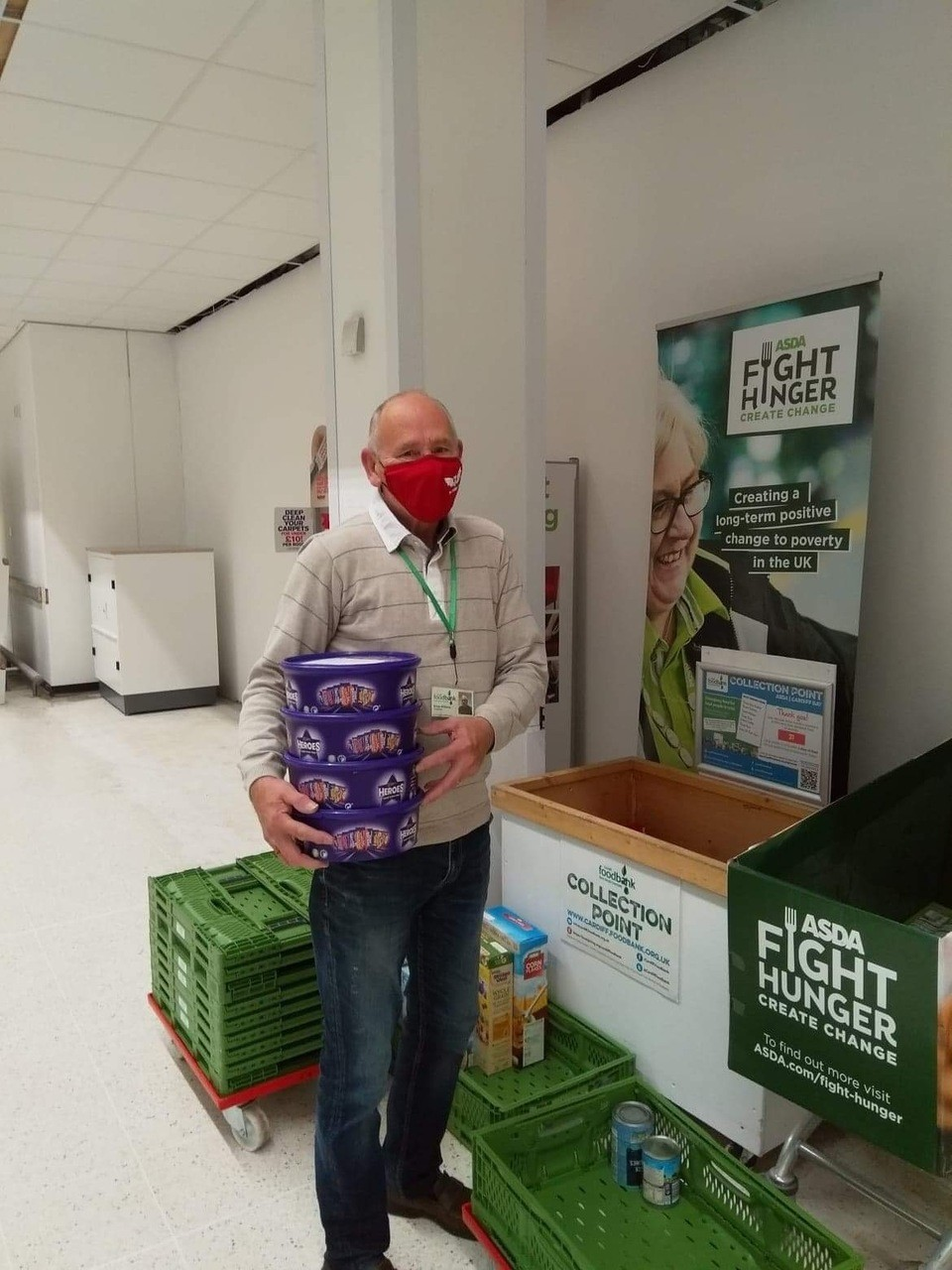 Treats for the volunteers at Cardiff Foodbank | Asda Cardiff Bay
