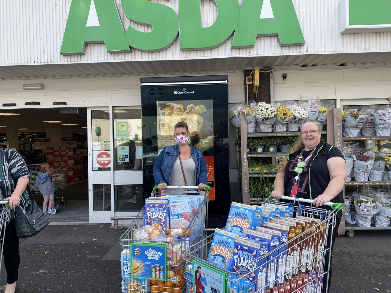 Half term support for local food charity | Asda Gosport