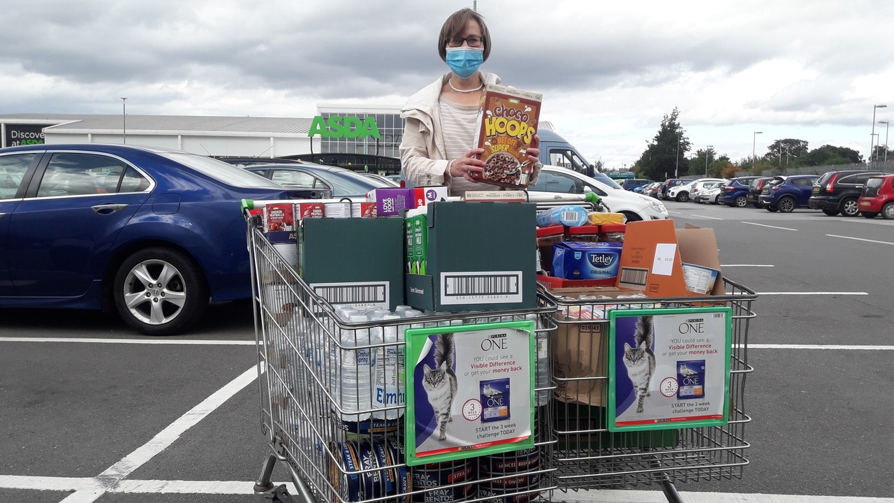 Charity donation to Centrepoint Outreach | Asda Boston