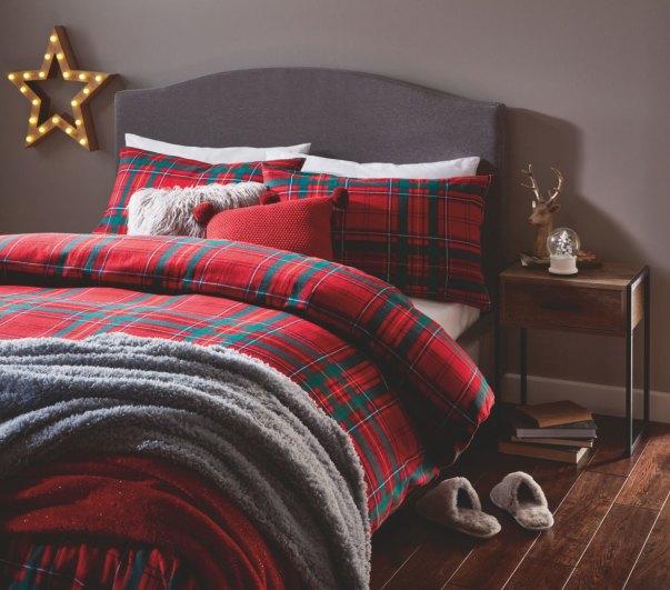 Tartan Christmas bedding