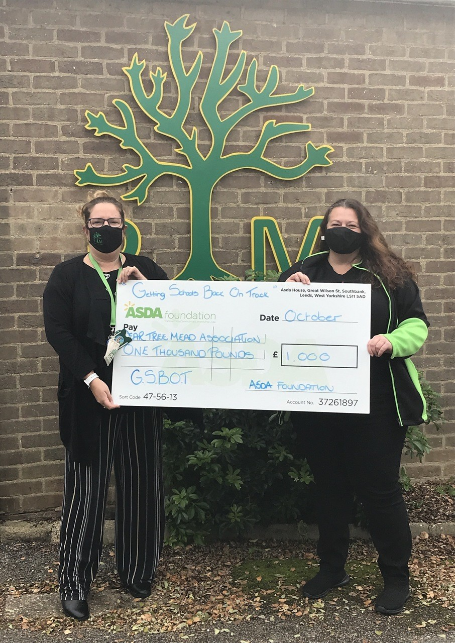 £1,000 grant to school | Asda Harlow