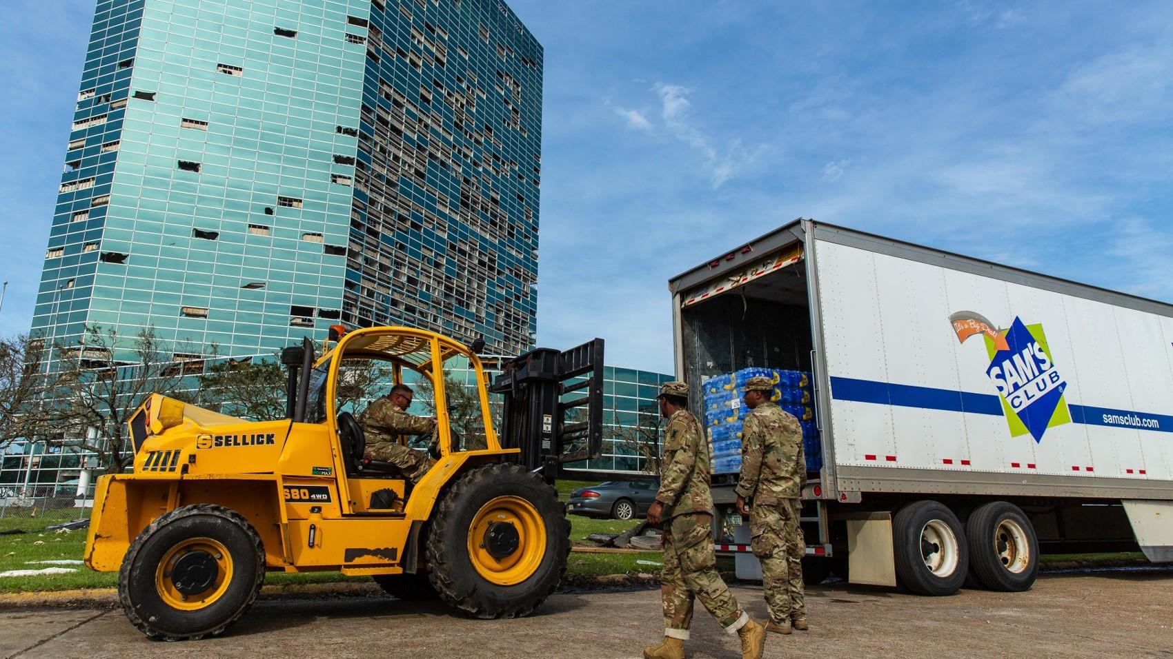 Disaster Response/sams-club-hurricane-laura-national-guard.jpg