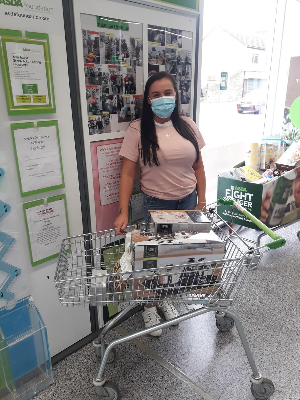Donation to All Stars Youth Club | Asda Sedgley