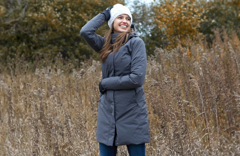 Moosejaw - woman in outdoor wear i