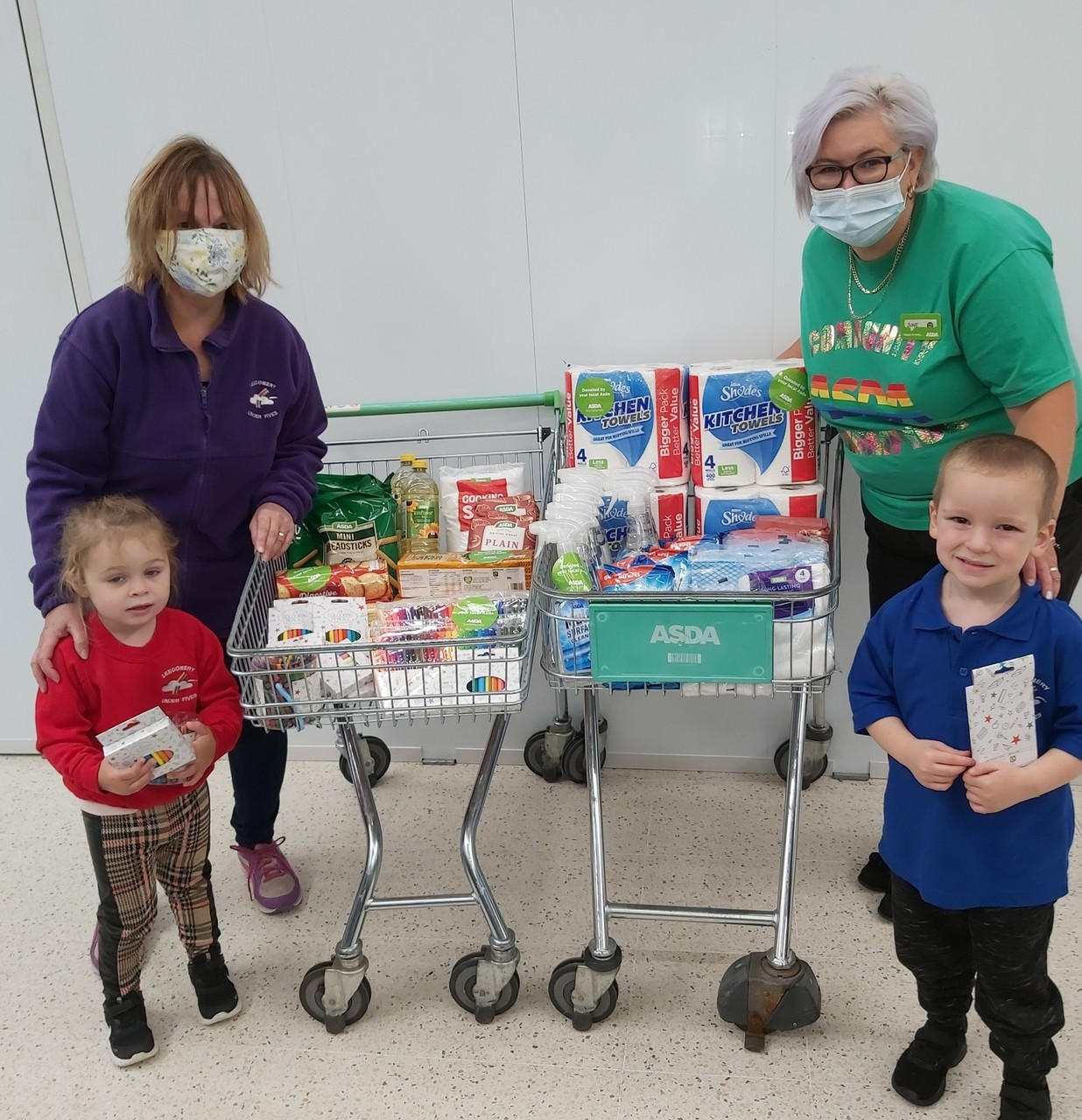 Leegomery Under Fives Playgroup donation | Asda Donnington Wood