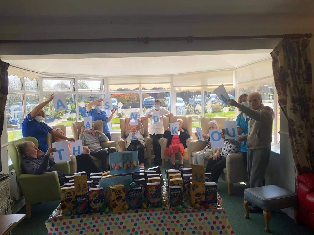 Care home residents say thanks | Asda Aintree