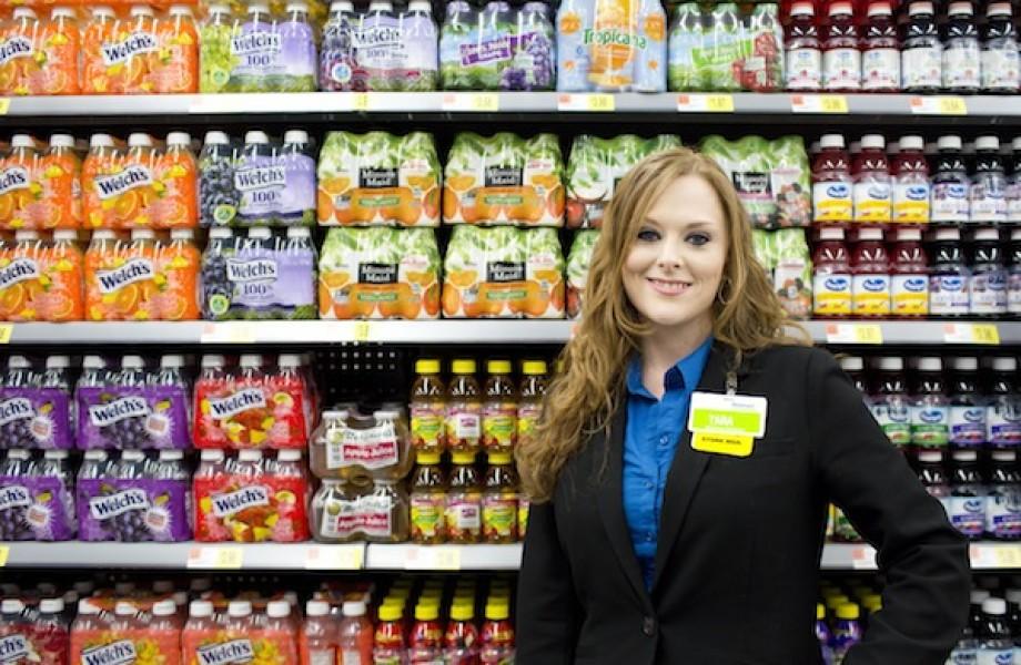 Tara Lovelady in Juice Aisle_lead
