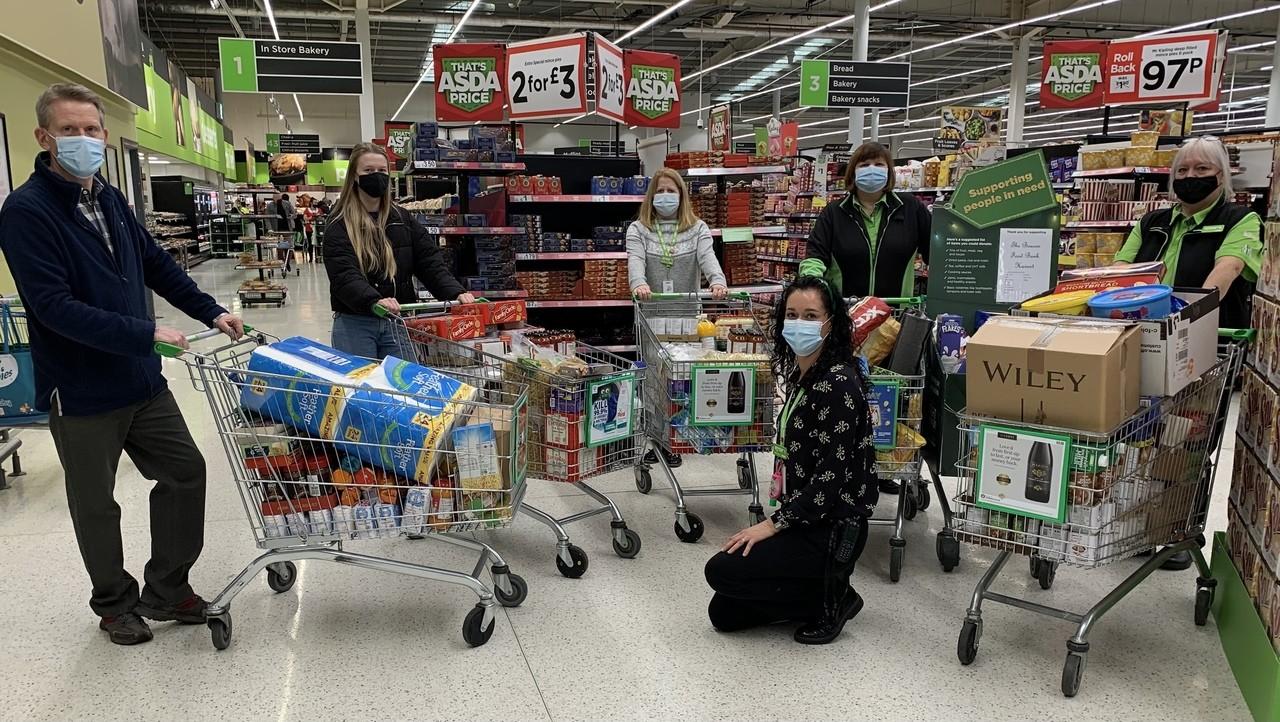 Food bank donation helps families this Christmas   Asda Havant