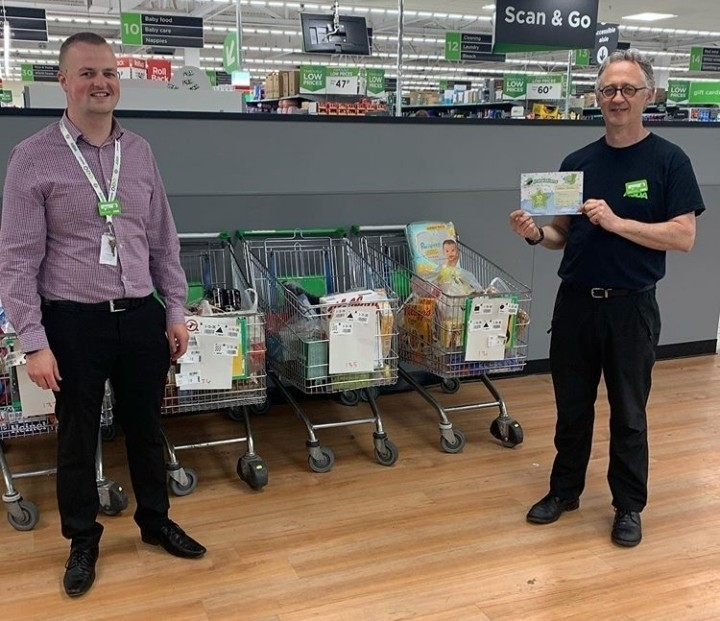 Steve goes out of way to help self-isolating elderly couple who made shopping mistake | Asda Gosforth
