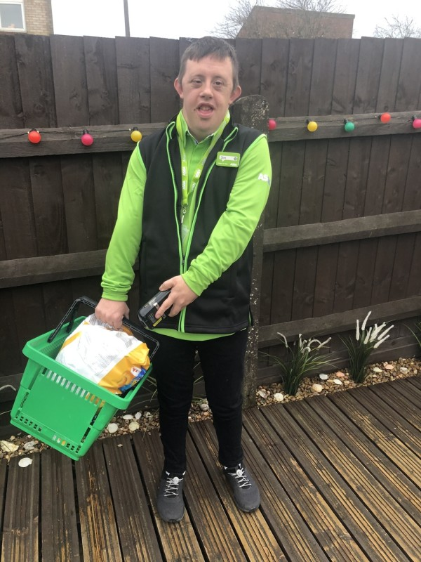 Sam Pierce shows his support for key workers at Asda Swindon Haydon