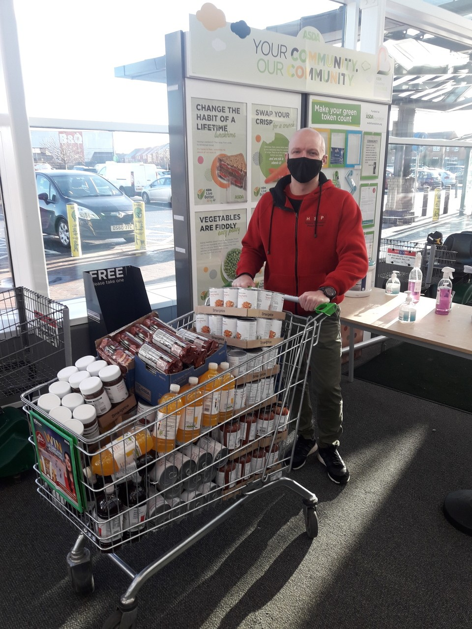Helping fight hunger | Asda Leigh