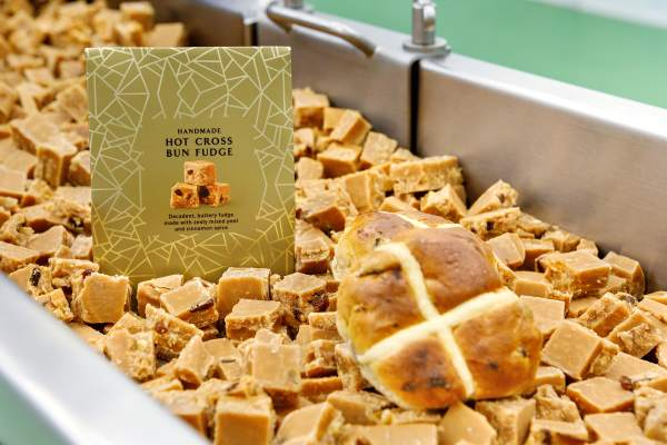 Hot Cross Bun Fudge
