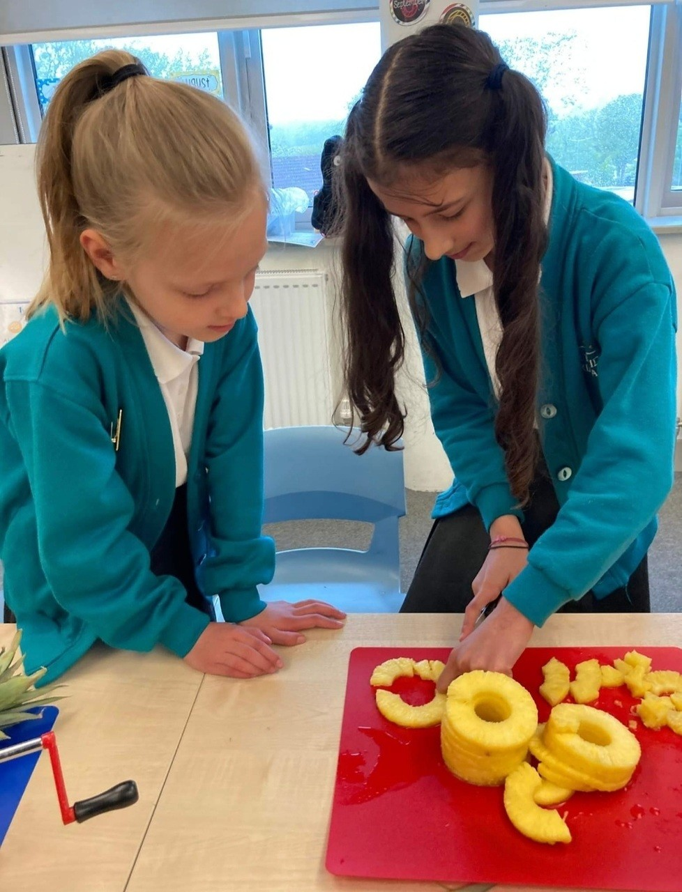 Helping pupils know their fruits!   Asda Plymouth