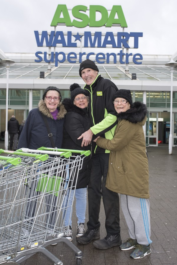 Praise for porter Dave Jones at Asda Great Bridge
