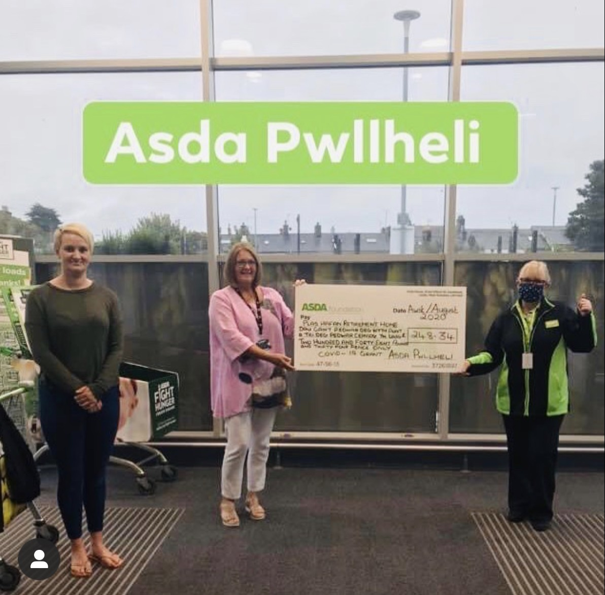 Presentation of £248 Asda Foundation cheque to Plas Hafan retirement home | Asda Pwllheli