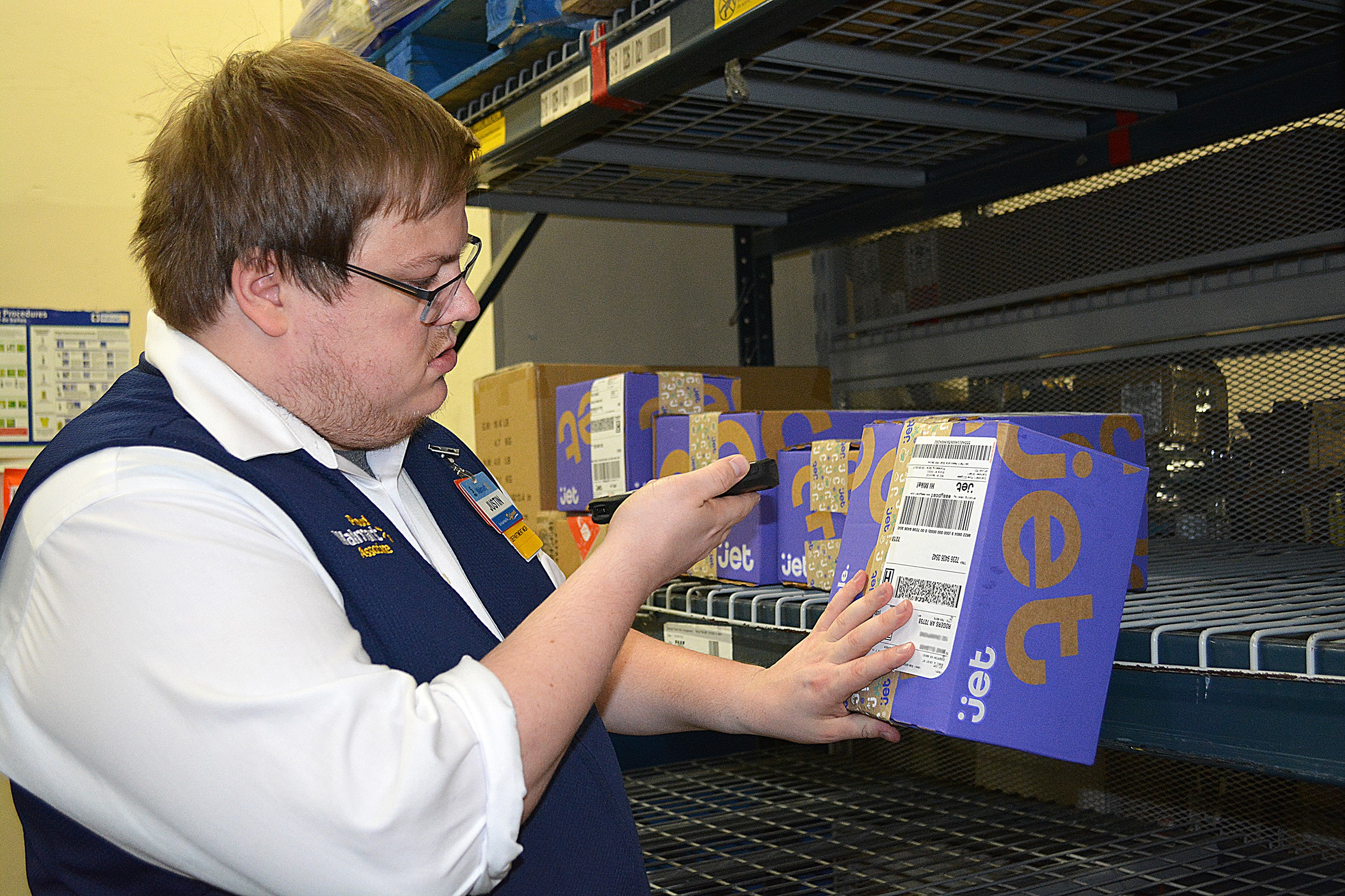Associate delivery in the backroom