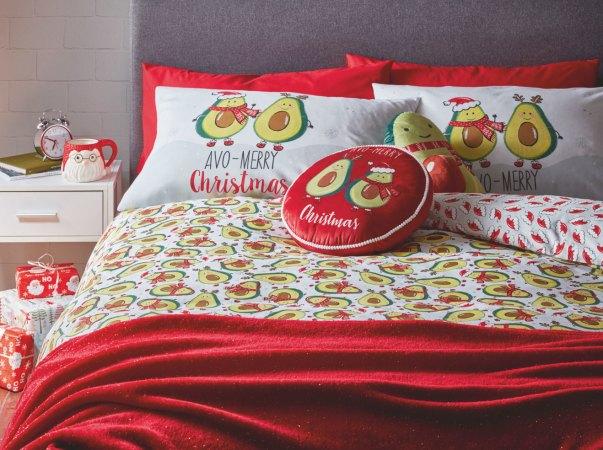 Avo-Merry Christmas bedding