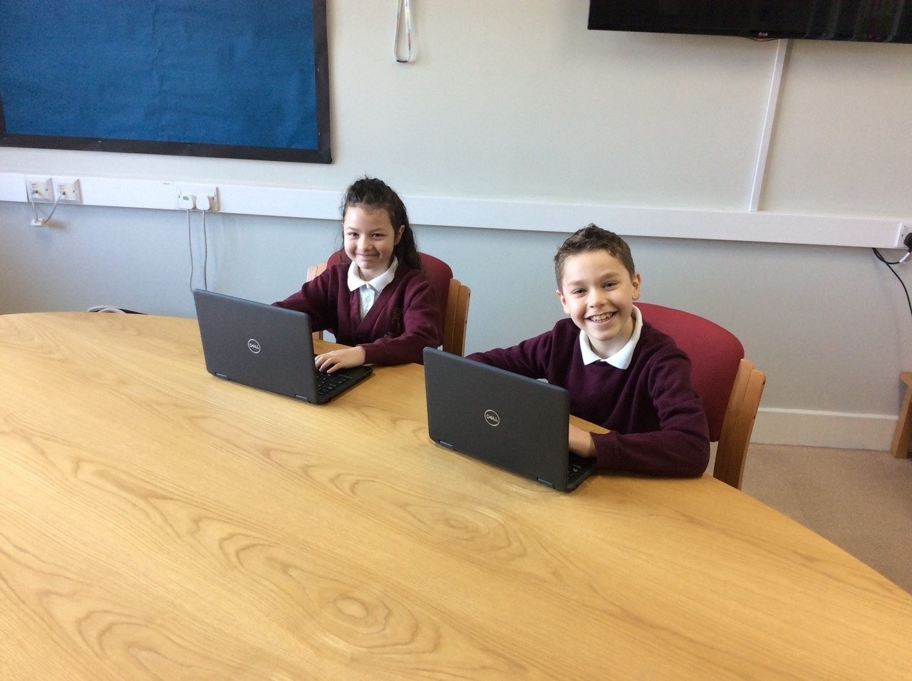 Local school gets boost with new laptops | Asda Kingswood