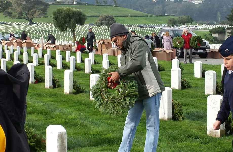 Honoring Veterans With Wreaths Across America Thumbnail