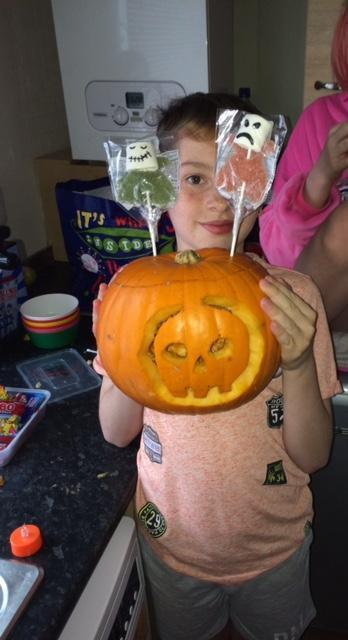 Befriend a child pumpkin carving. | Asda Aberdeen Beach