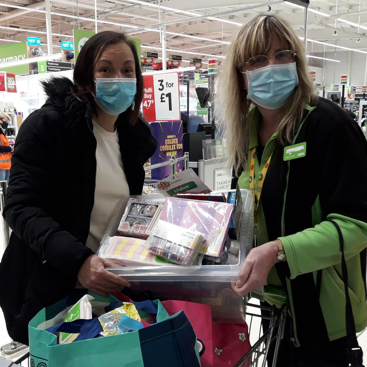 Sweet treats for young patients | Asda Chatham