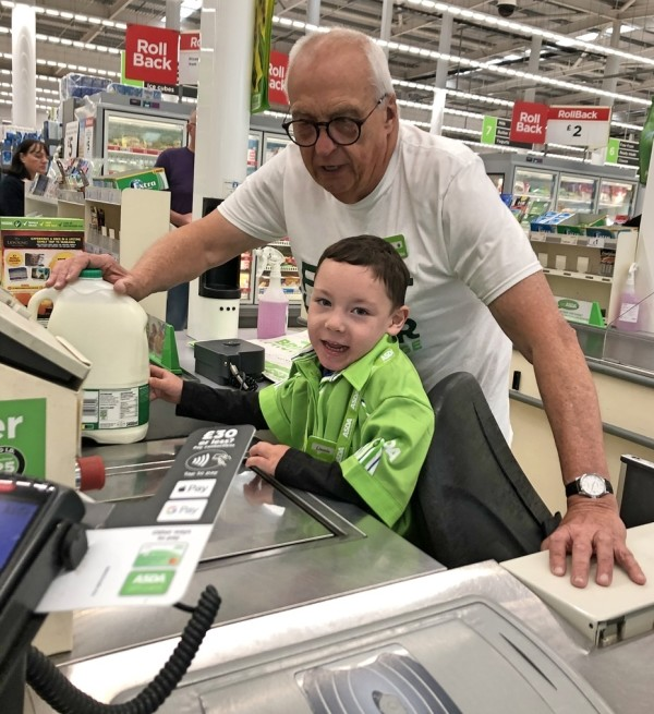 Five-year-old Lincoln loves to shop at Asda Rugby with brilliant our Happy Little Helper lists