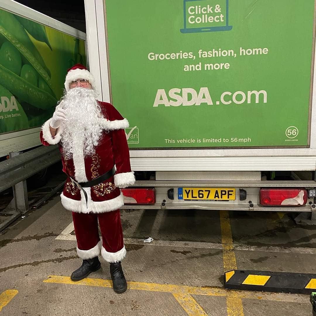 Santa came to town | Asda Clydebank