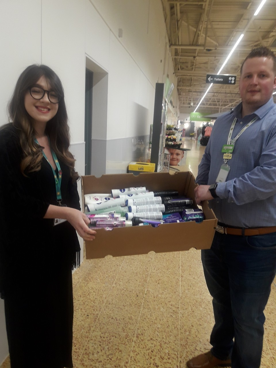 Ddonating toiletries yesterday to our local hospice St Margaret's.Thank you Asda foundation for the extra budget. | Asda Taunton