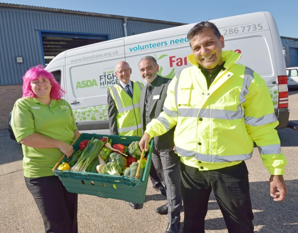 Debbie Kenney and Andy Murray from Asda with Lindsay Boswell and Sadiq Ahmed from FareShare