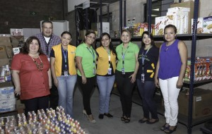 Beneficiamos a 200 familias de El Salvador con donación de alimentos UNO