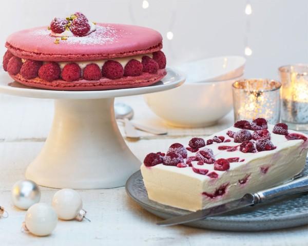 Asda's Christmas Macaron Cake