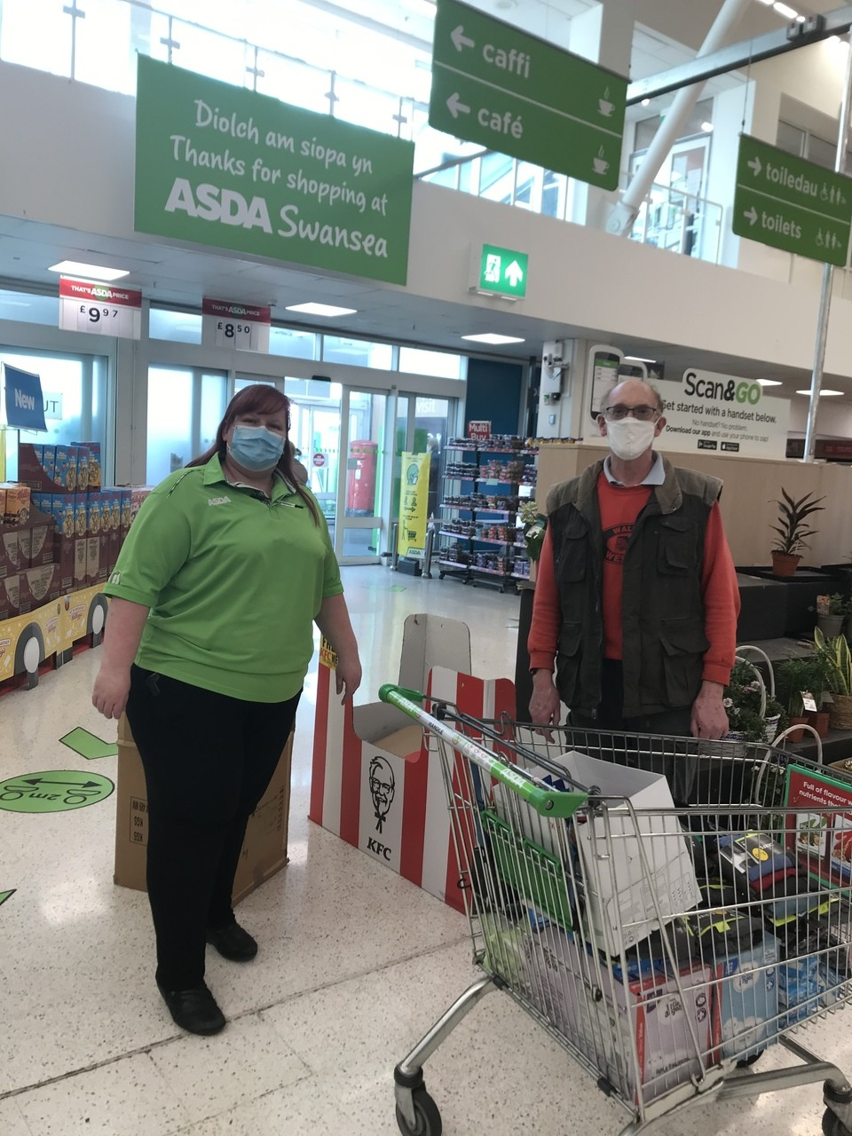 Matts House donation | Asda Swansea