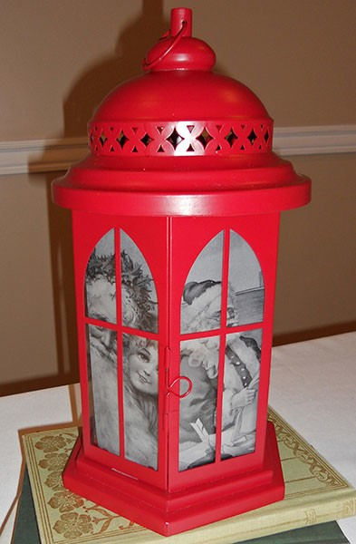 Blog image - Holiday hurricane lantern