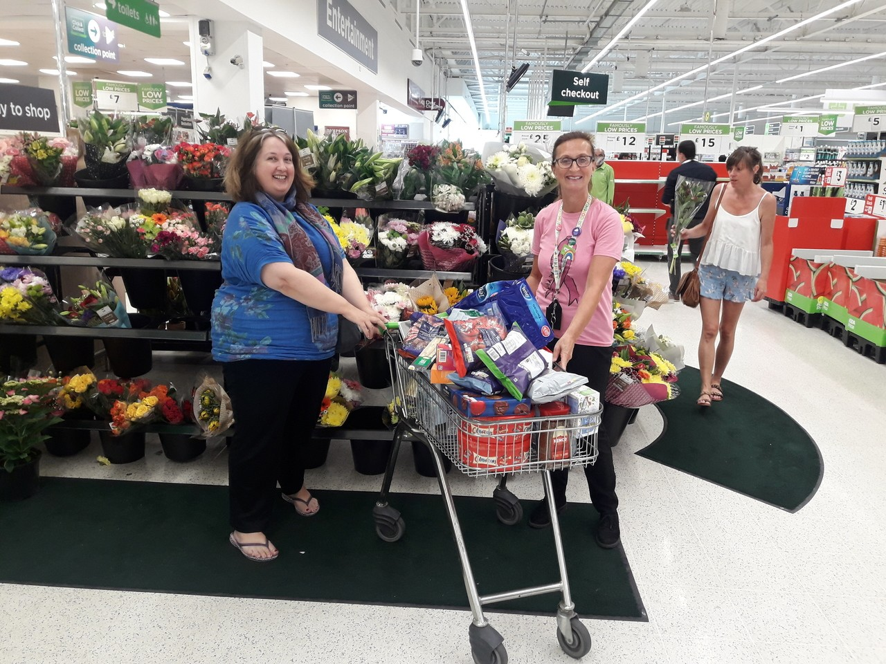 Donation for Leicester Royal Infirmary midwives | Asda Oadby