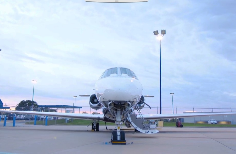 Plane preparing to deliver supplies to Puerto Rico