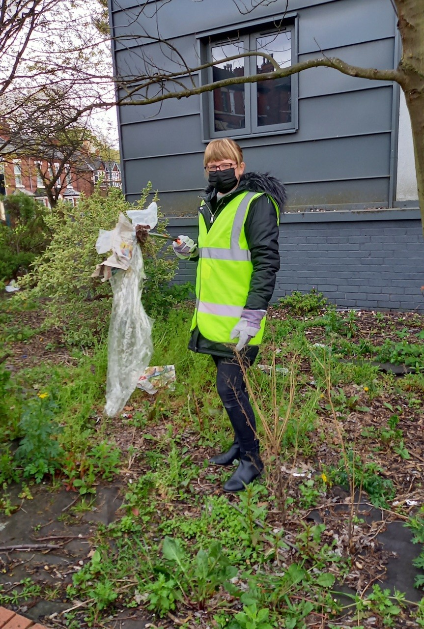 Colleague litter pick | Asda Hyson Green