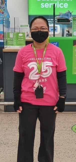 Click & Collect colleague Lek's 100k challenge for Breast Cancer Now | Asda Greenhithe