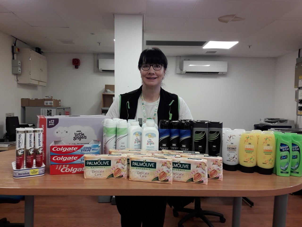 Donation to Dercliffe rest home in Nelson | Asda Colne
