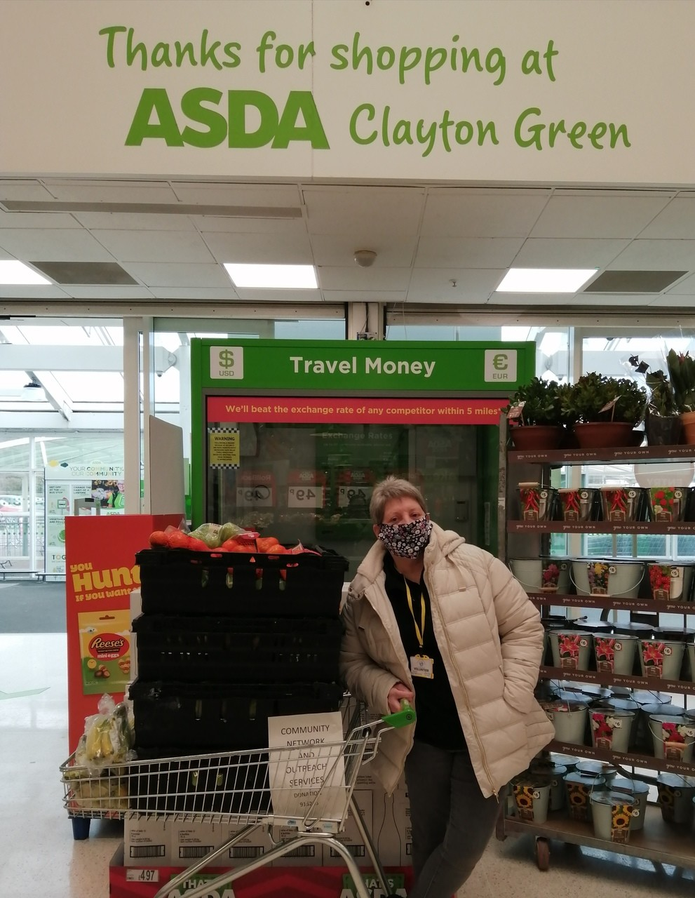 Fresh fruit for kids lunch parcels donatated to community network and outreach services Leyland,  | Asda Clayton Green