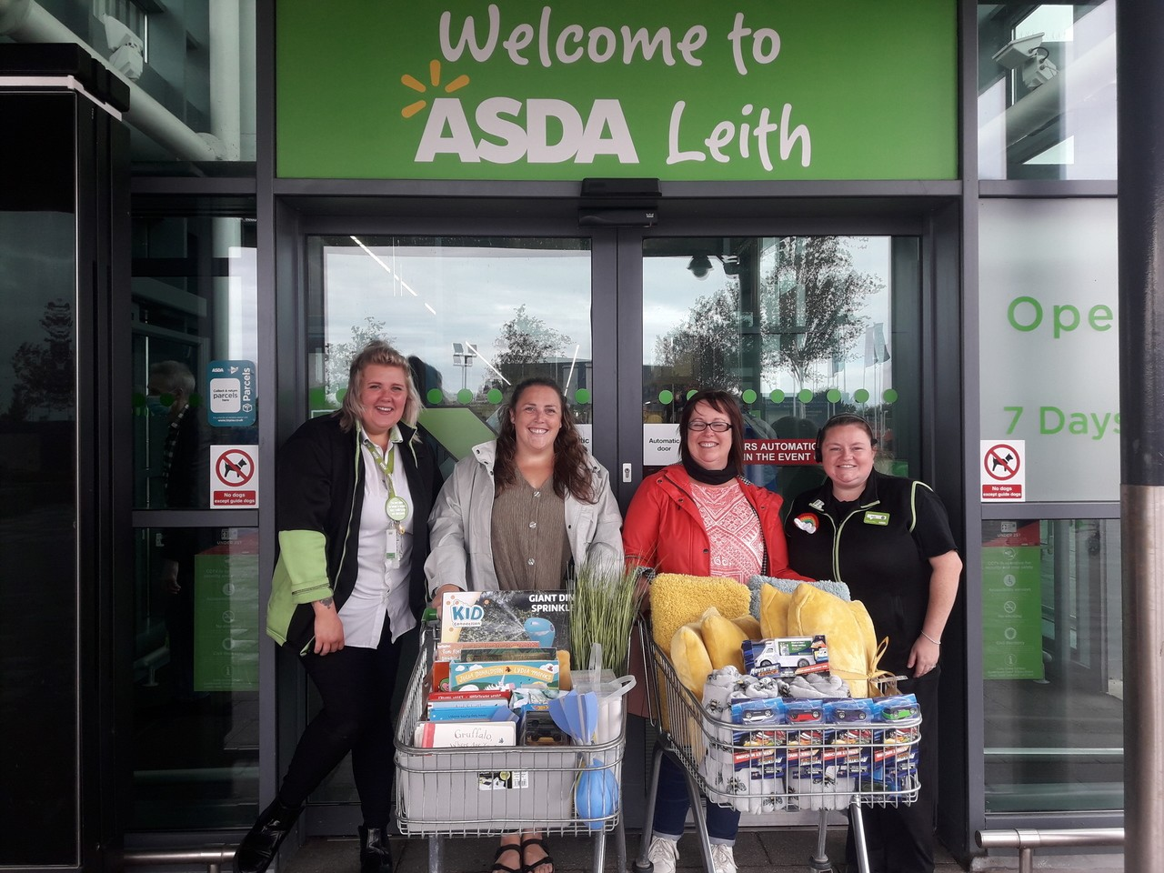 Asda support Pirniehall and St David's Nursery after vandalism to their playground | Asda Leith